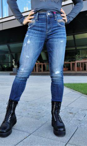 Jeans MET model Naomi BA